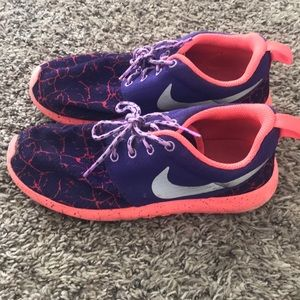 Girls Nike Sneakers size 3.5